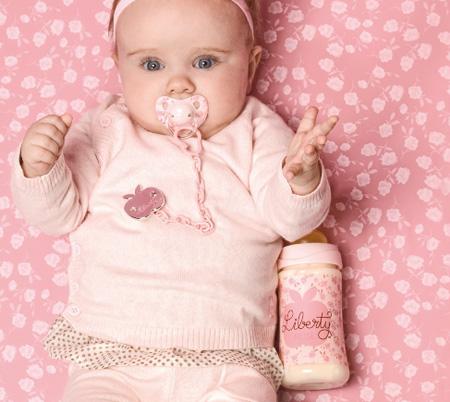 Chupetes para beb s suavinex nueva colecci n liberty blog de moda infantil ropa de beb y for Foto slaapkamer baby meisje