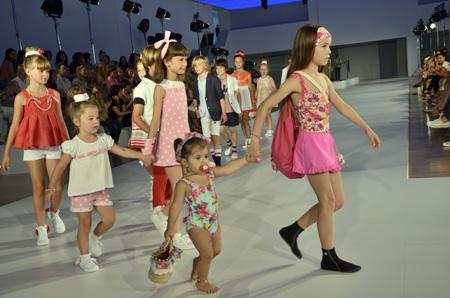 080 Barcelona Fashion_Desfile de Condor_moda verano 2014_Blogmodabebe8