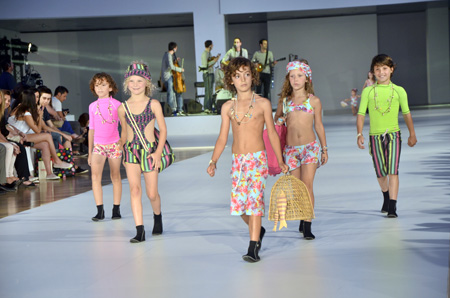 080 Barcelona Fashion_desfile Condor_moda verano 2014_Blogmodabebe