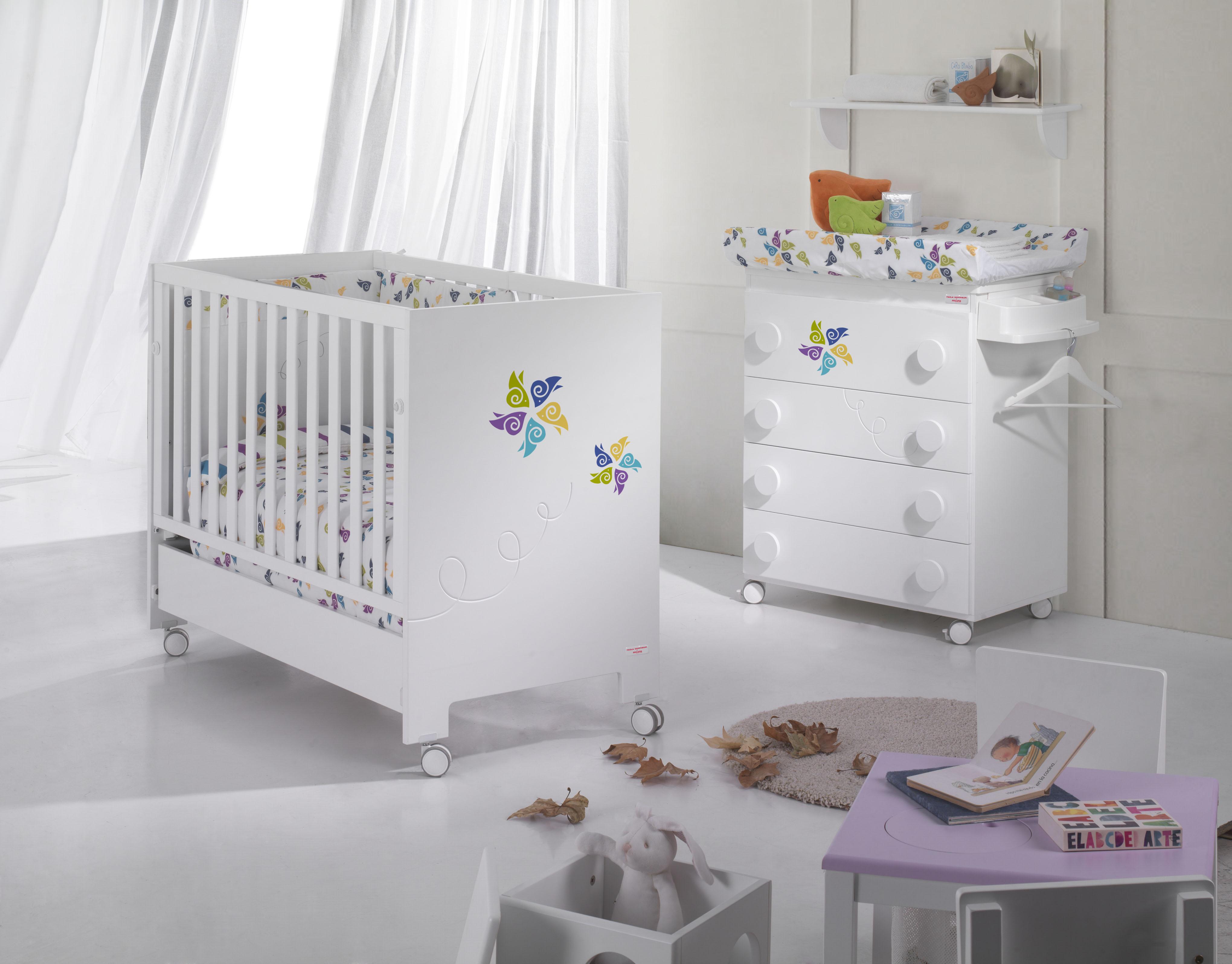 Paola domingu n colabora con micuna en mobiliario infantil for Mobiliario habitacion bebe