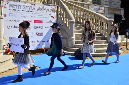 Petit Style Walking desfile Monnalisa Barcelona