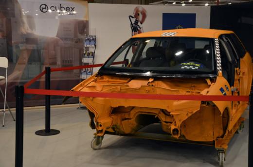 Puericultura Madrid-Stand de Cybex-pruebas de choque con el RACE