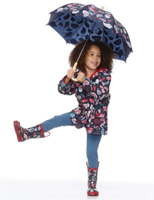 Moda infantil Hatley cubasquero paraguas y botas a juego_Blogmodabebe5
