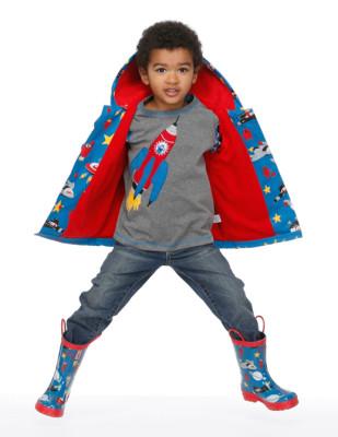 Moda infantil Hatley cubasquero paraguas y botas a juego_Blogmodabebe8