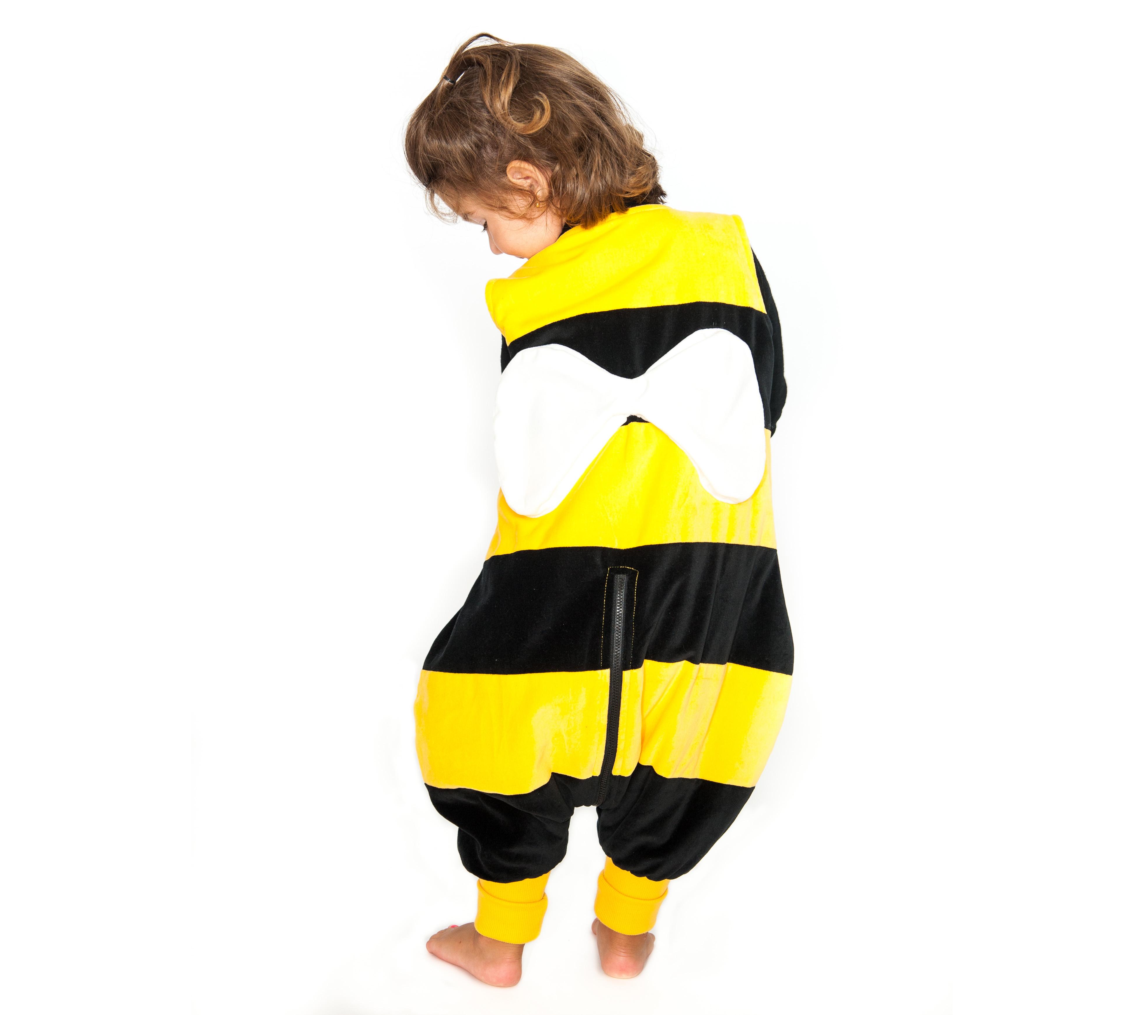 e9e656a81 Pijamas divertidos para niños Saco pinguino de Abeja