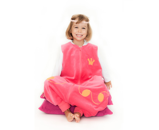 c13d2cb28 Pijamas divertidos para niños Saco pinguino de Princesa