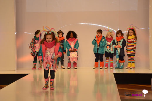 Tuc Tuc desfile en FIMI pasarela moda infantil