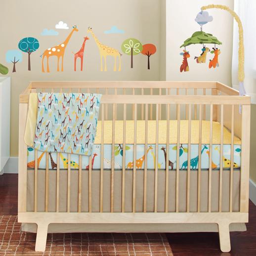 Habitaciones para beb s de skip hop con todos los for Cuartos de ninas sencillos