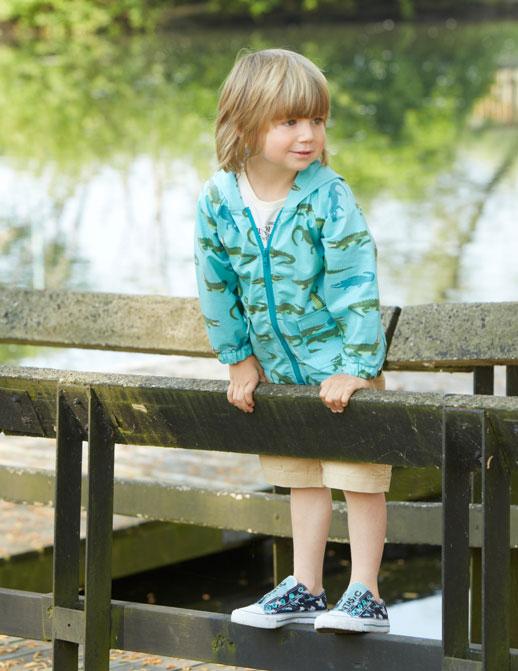 Moda infantil Hatley ropa de lluvia, botas de agua, chubasqueros y paraguas6