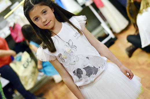 Camisetas para niñas y mamas de Little Star Mar Casanovas