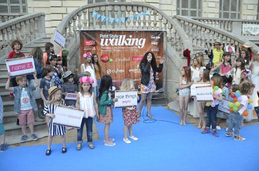 Fin-desfile-Petit-Style-Walking