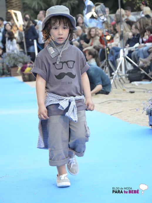 Moda infantil Petit Style Walking Sticky Fudge2
