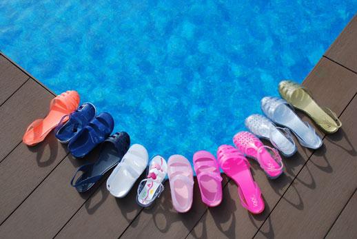 Calzado-infantil-Saltin-Banquin-playa-piscina