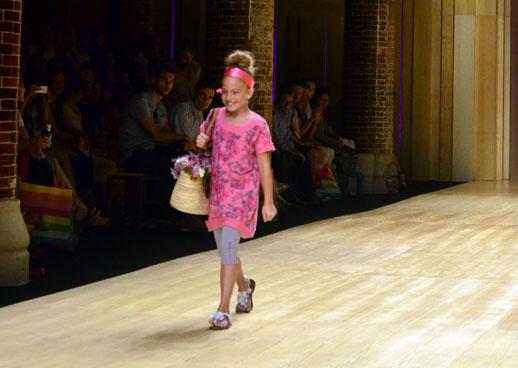 Desfile de Bóboli moda infantil en la 080 Barcelona Fashion pasarela de moda verano 2015-16
