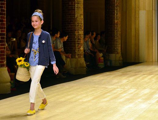 Desfile de Bóboli moda infantil en la 080 Barcelona Fashion pasarela de moda verano 2015-2