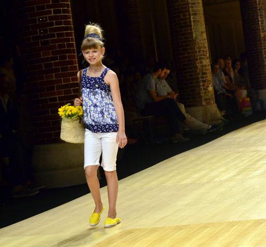 Desfile de Bóboli moda infantil en la 080 Barcelona Fashion pasarela de moda verano 2015-8