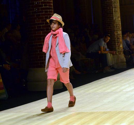 Desfile de Cóndor moda infantil en la 080 Barcelona Fashion pasarela de moda verano 2015-6