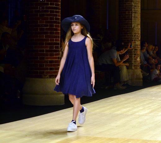 Desfile de Cóndor moda infantil en la 080 Barcelona Fashion pasarela de moda verano 2015