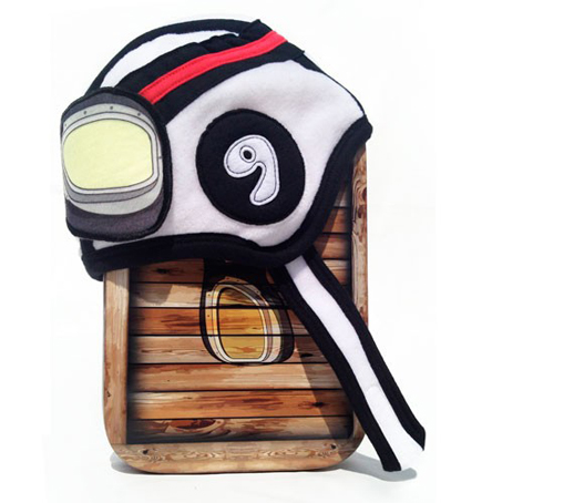Gorro bebe carreras-The King of the house_Blogmodabebe