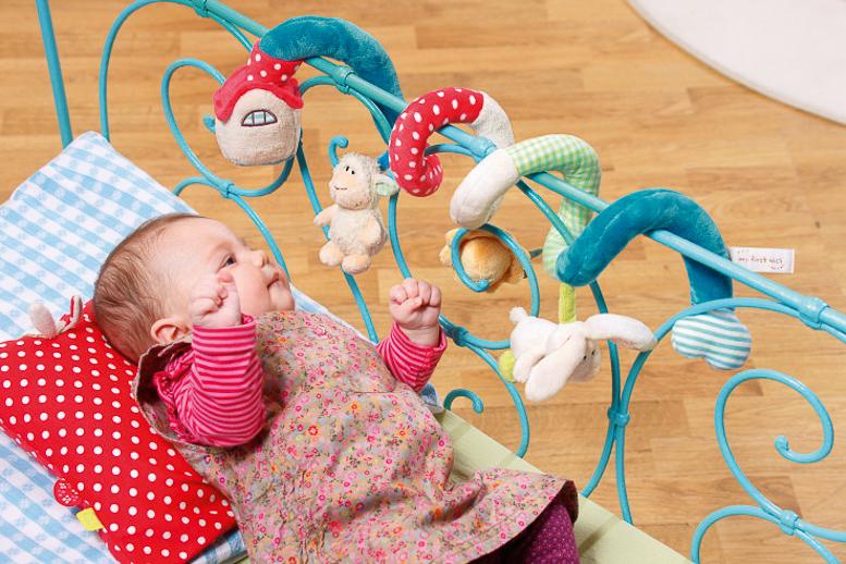 Puericultura peluches bebes juguetes Nici_sorteo canastilla Blogmodabebe-112