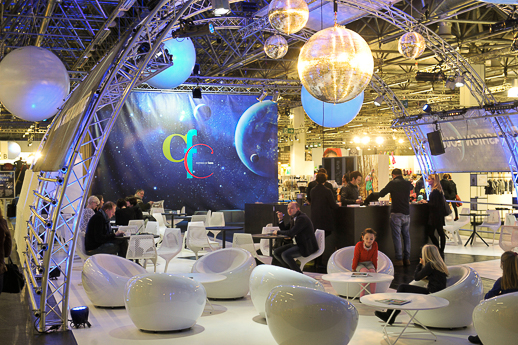 BTE Info Point, Luna Fashion Lounge, Halle 1