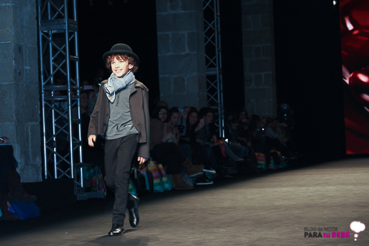 desfile-condor-080-barcelona-fashion-blogmodabebe-7