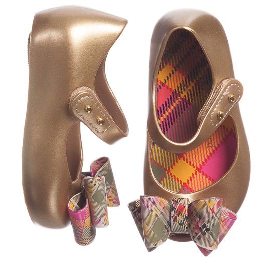 mini-melissa-zapatos-para-bebe-de-melissa-campana-blogmodabebe-9