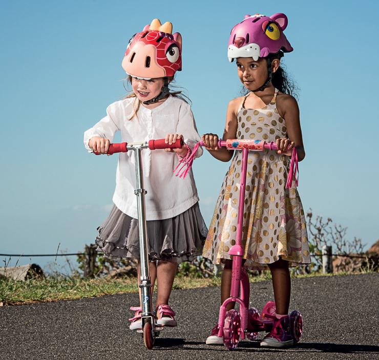 cascos-divertidos-y-complementos-para-la-bici-en-mamuky-Blogmodabebe-26