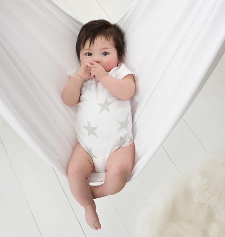 aden-anais-lanza-su-primera-coleccion-de-ropa-para-bebe-10
