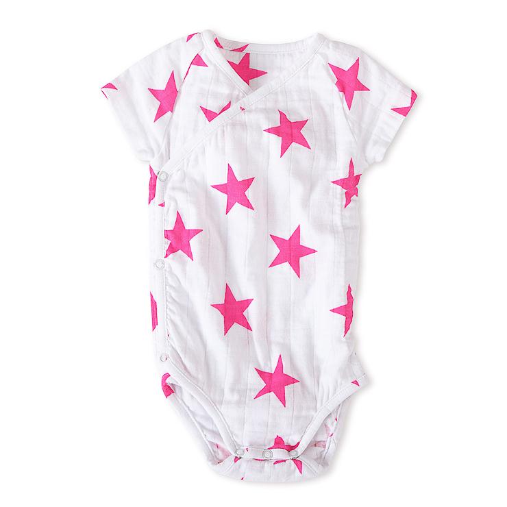 aden-anais-lanza-su-primera-coleccion-de-ropa-para-bebe-8
