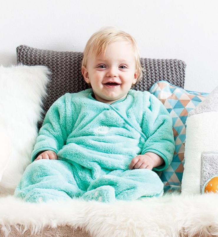 puericultura-articulos-para-bebe-bebe-llo-sorteo-de-un-pijama-manta-de-babyboum-15