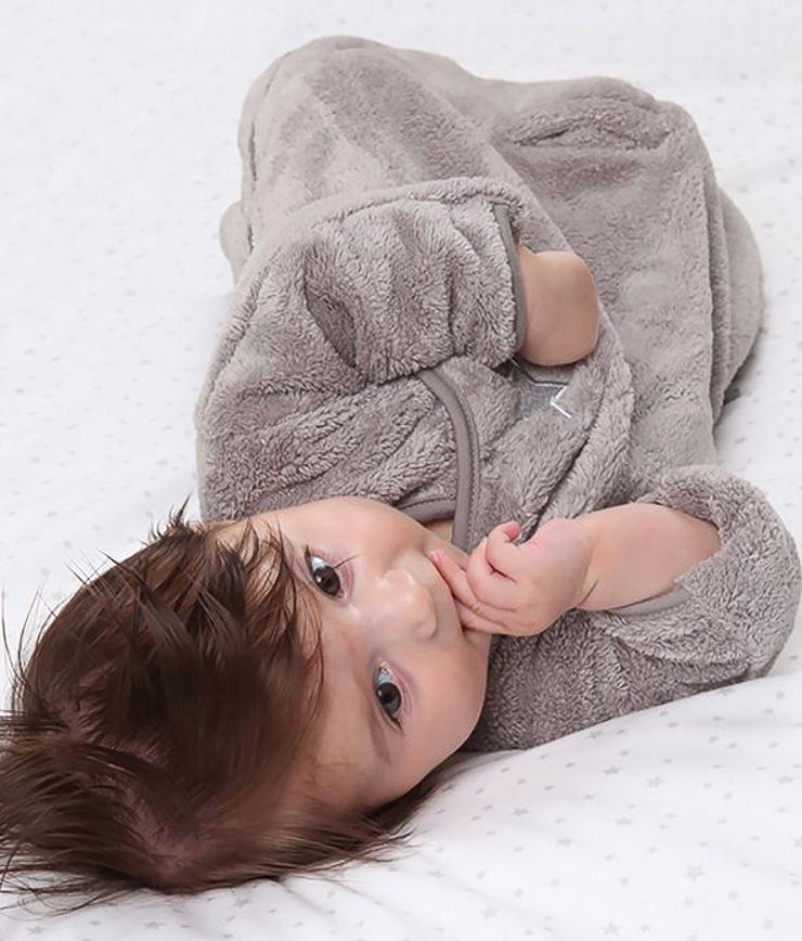 puericultura-articulos-para-bebe-bebe-llo-sorteo-de-un-pijama-manta-de-babyboum-3