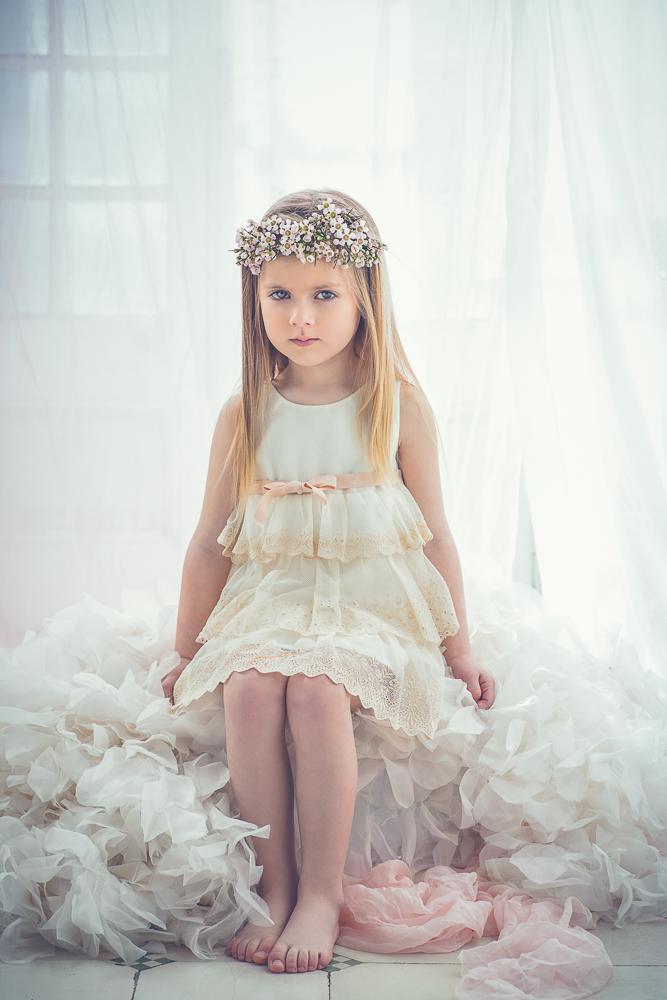 cazandomariposas-moda-infantil-para-ceremonias-Blogmodabebe-20