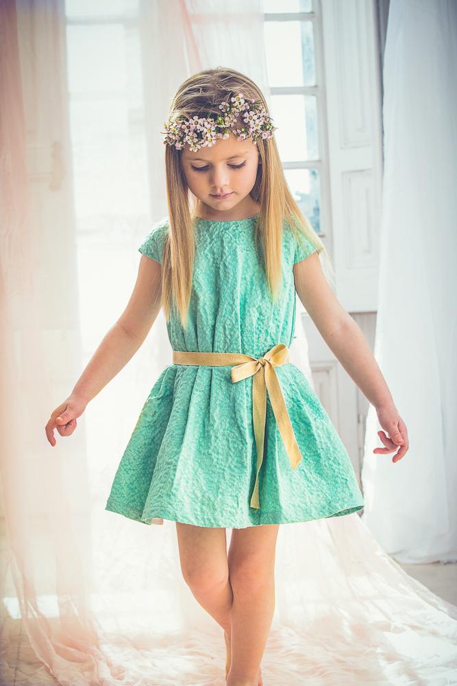 cazandomariposas-moda-infantil-para-ceremonias-Blogmodabebe-30