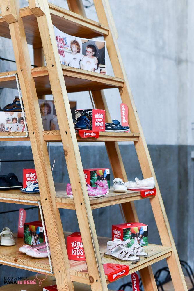 sara-carbonero-nueva-imagen-de-zapatos-garvalin-blogmodabebe-blogmodainfantil-10