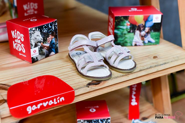 sara-carbonero-nueva-imagen-de-zapatos-garvalin-blogmodabebe-blogmodainfantil-3