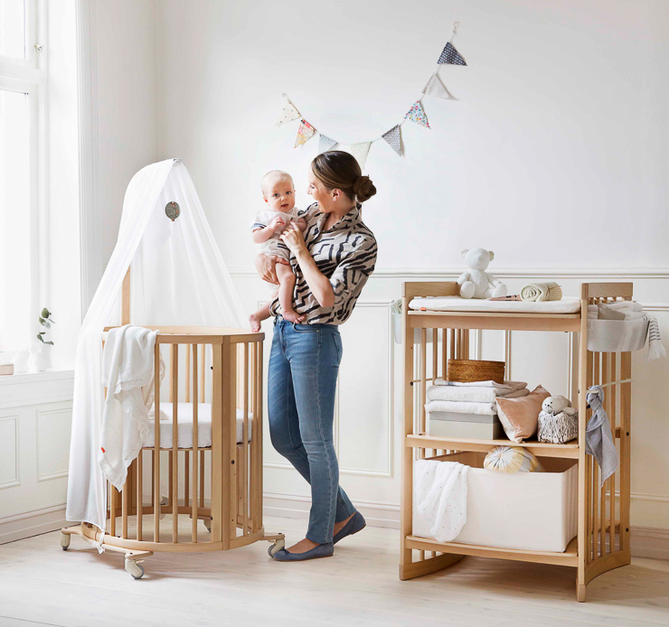 Sleepi nursery Mini Bed Natural in setting