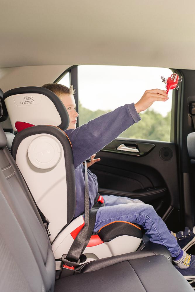 AdvansafixIISICT-sillas-de-coche-seguras-el-cuarto-punto-de-anclaje-secureguard-britax-romer-blogmodabebe-4