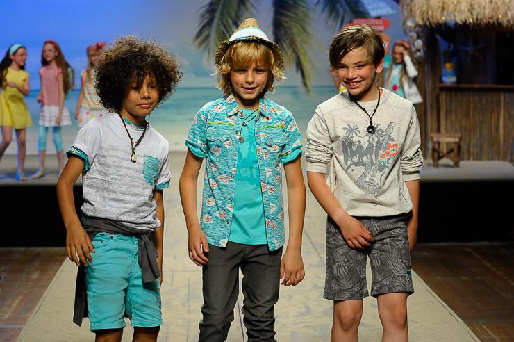 Tuctuc-en-el-desfile-de-children-fashion-from-spain-en-pitti-bimbo-florencia-10