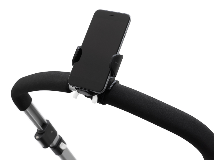 bugaboo-smartphone-holder-01