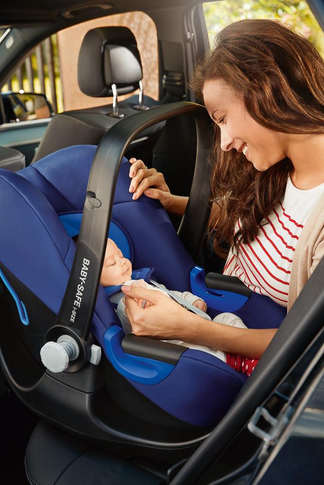 portabebes-britax-romer-baby-safe-i-size-blogmodabebe-lifestyle4