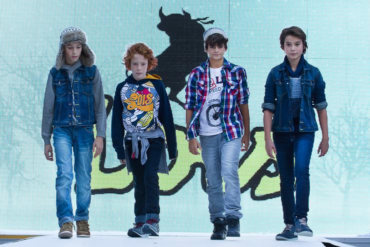 pasarela-petit-style-walking-en-barcelona-lois-2