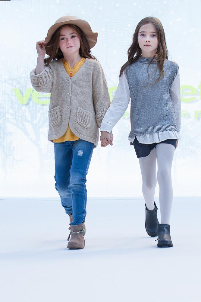 pasarela-petit-style-walking-en-barcelona-vertbaudet