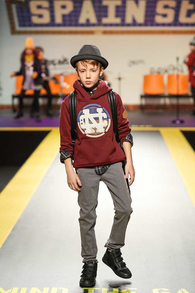 Mayoral-desfile-childrens-fashion-from-spain-en-pitti-bimbo-Blogmodabebe