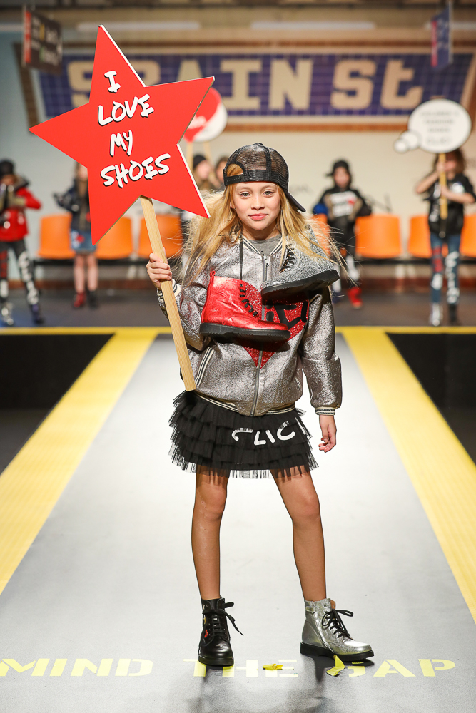clic-shoes-desfile-childrens-fashion-from-spain-en-pitti-bimbo-Blogmodabebe