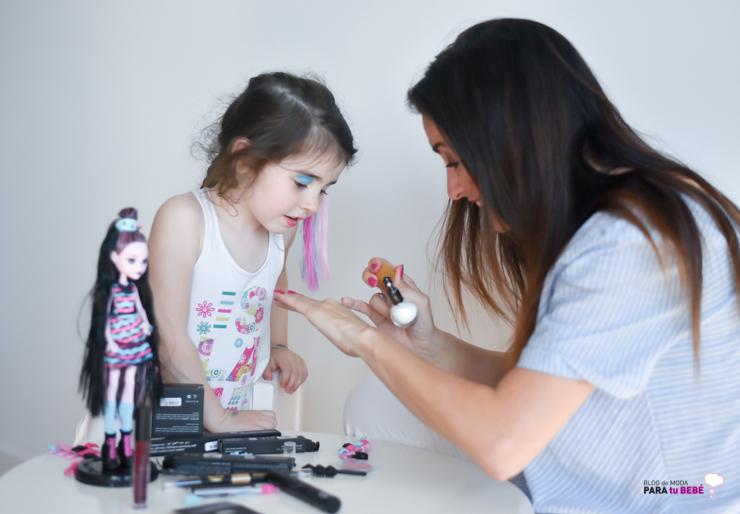 tarde-de-peluqueria-y-maquillaje-con-cazcarra-y-monster-high-Blogmodabebe-18