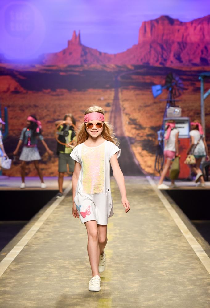 tuc-tuc-moda-infantil-desfila-en-la-pasarela-de-florencia-Blogmodabebe-10