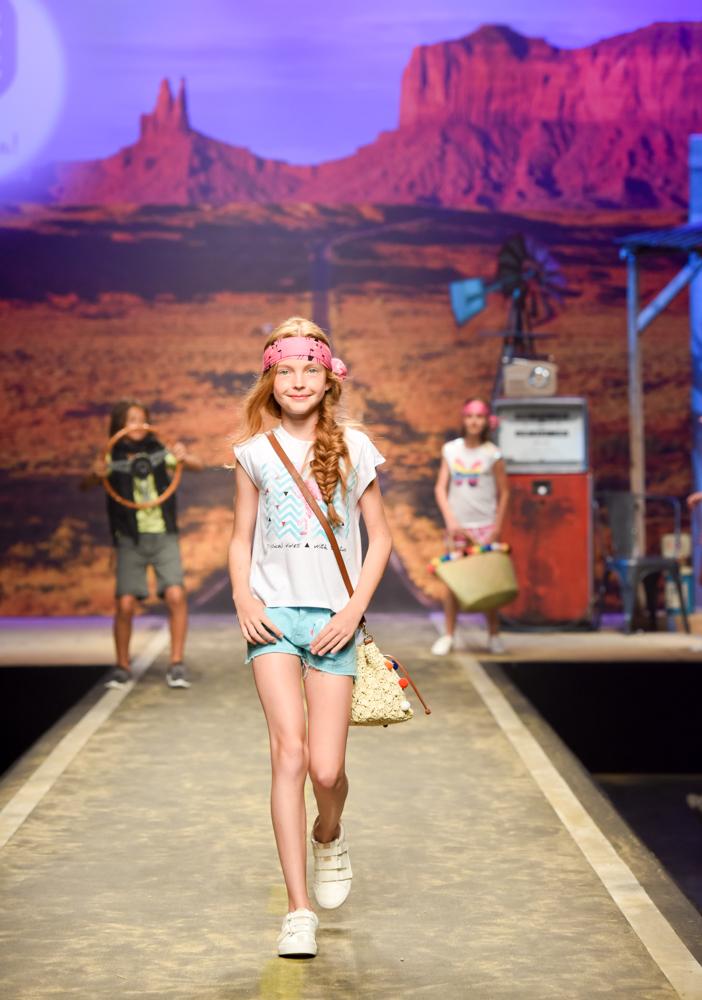 tuc-tuc-moda-infantil-desfila-en-la-pasarela-de-florencia-Blogmodabebe-8