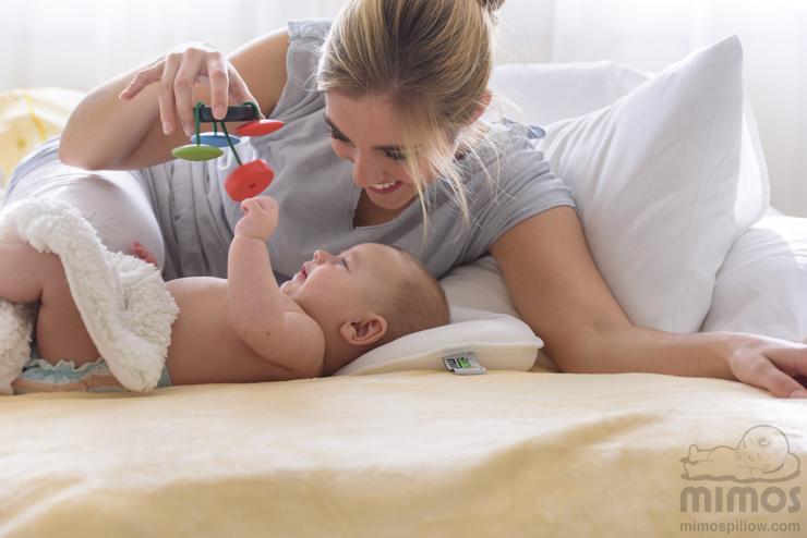 cojin-mimos-para-prevenir-la-plagiocefalia-en-el-bebe-Blogmodabebe-9