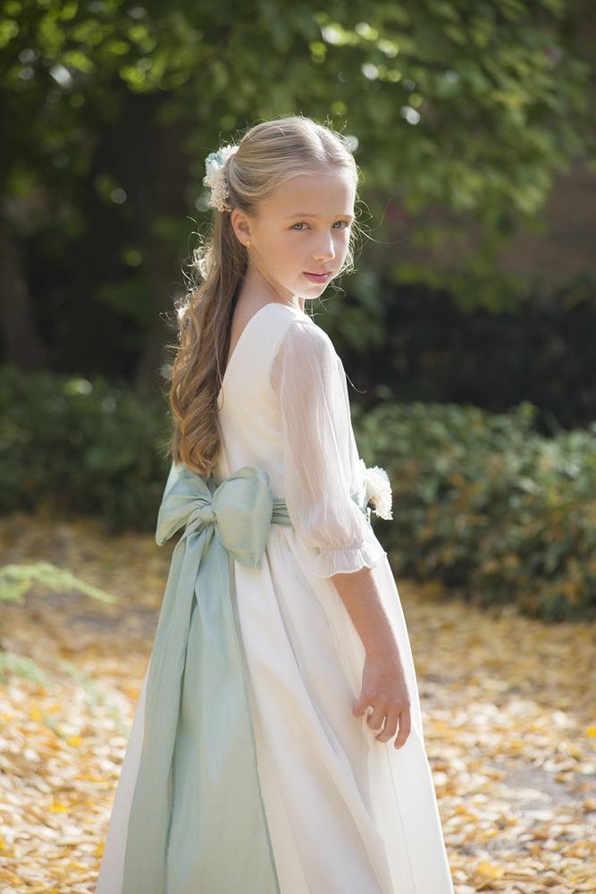 vestidos-y-complementos-para-comuniones-Blogmodabebe-30